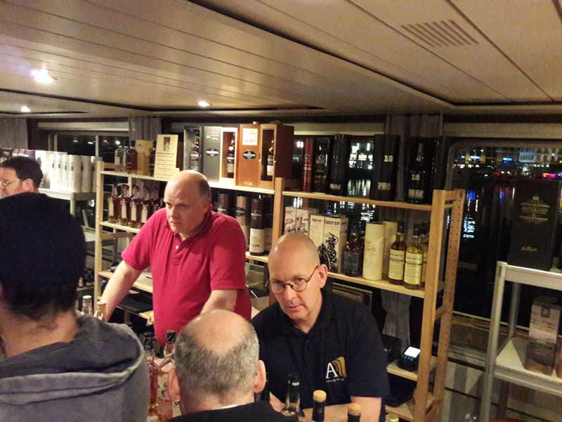 Whiskyschiff-Luzern-2